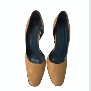 Charles David nude leather pumps heels size 9
